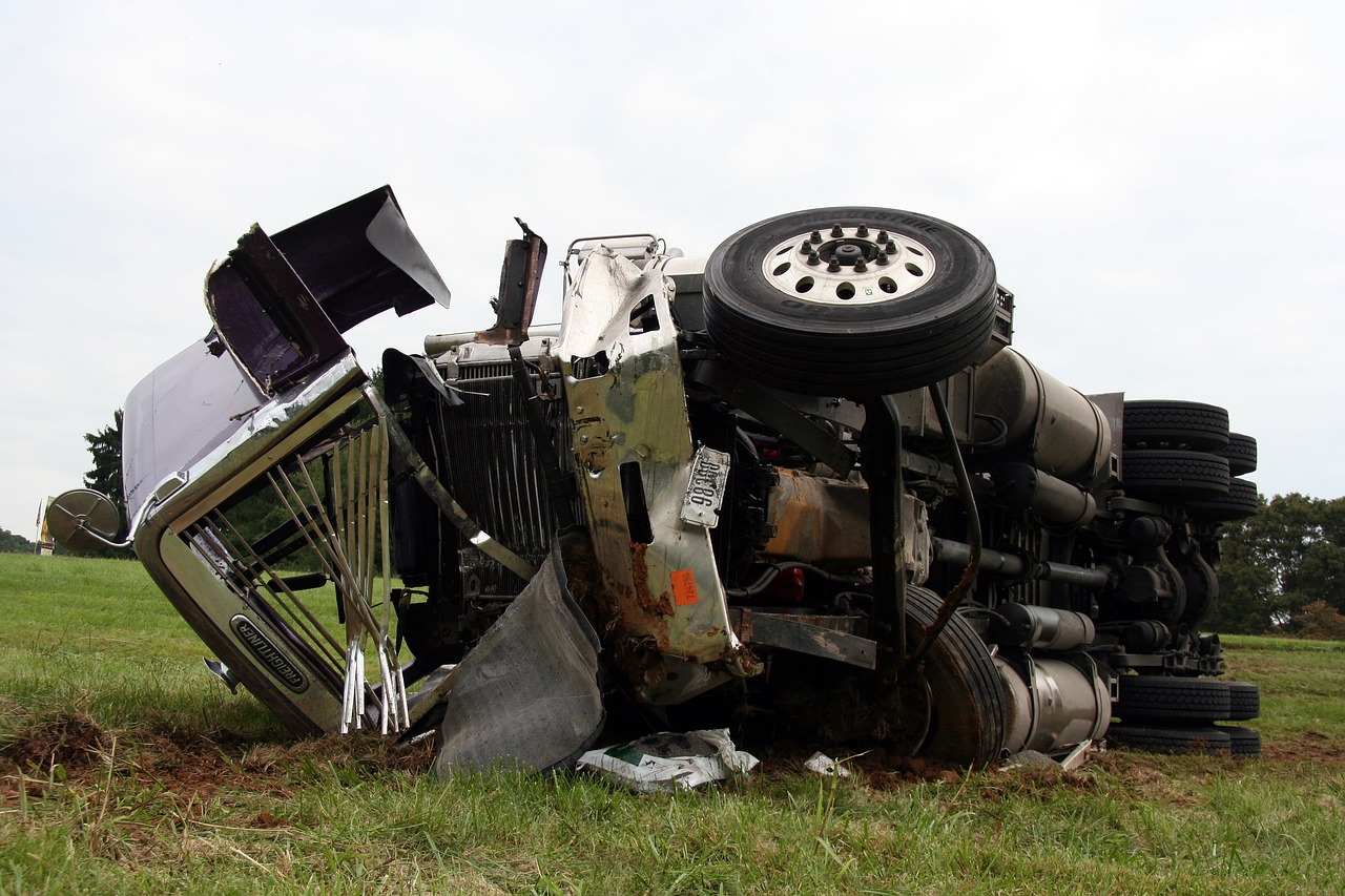SLIDE SHARE: Common Causes of Truck Accidents