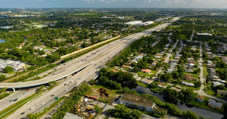 What Causes Car Accidents on I-95?   Kogan and DiSalvo